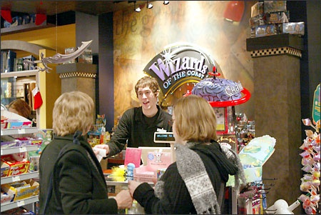 wizards of the coast store-0