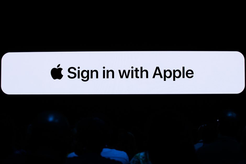 log in to apple account-3